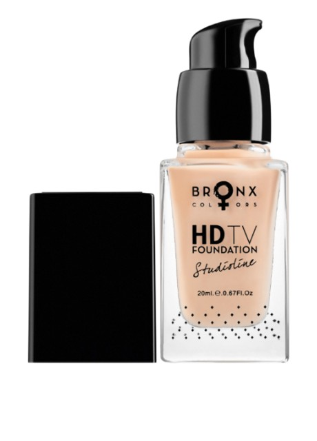 Тональная основа Studioline HD TV Foundation HDTV04 Medium Beige, 20 мл Bronx Colors - Фото